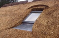 Velux vindue i stråtag